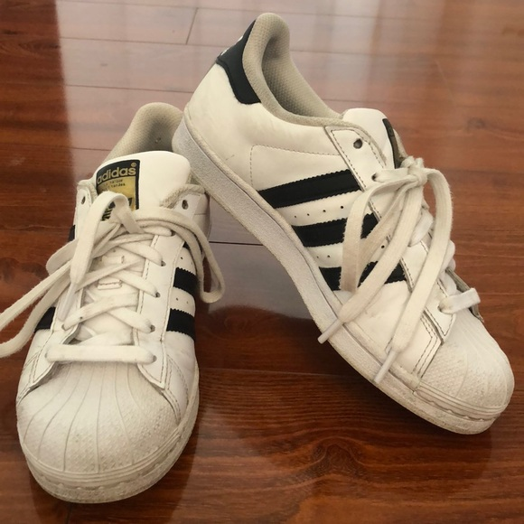 adidas Shoes | Womens Size 6 Superstars |